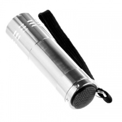 Mini Aluminum Flashlight, Uses 3 AAA Batteries